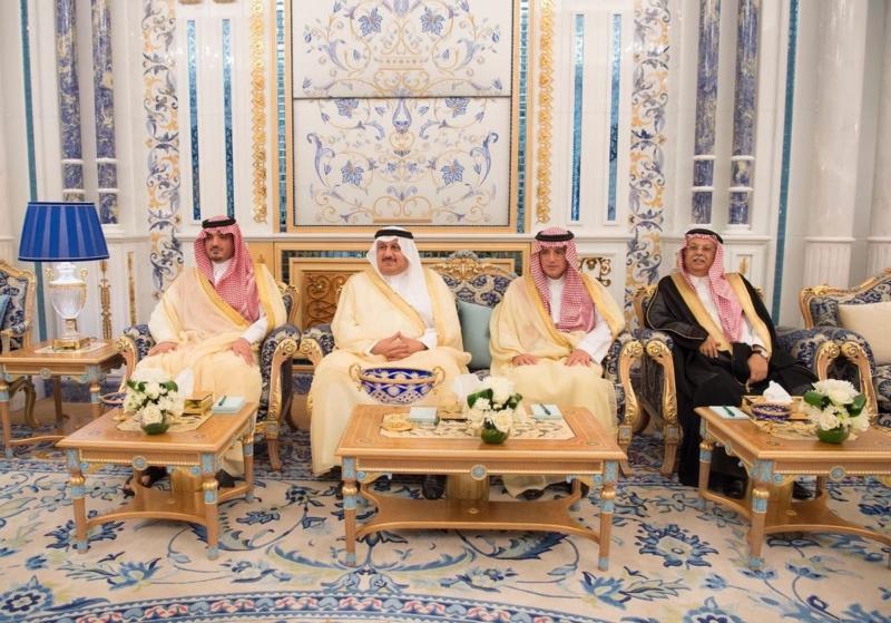 الملك يستعرض آخر المستجدات الدولية وجهود تحقيق السلام مع الأمين العام للأمم المتحدة - المواطن