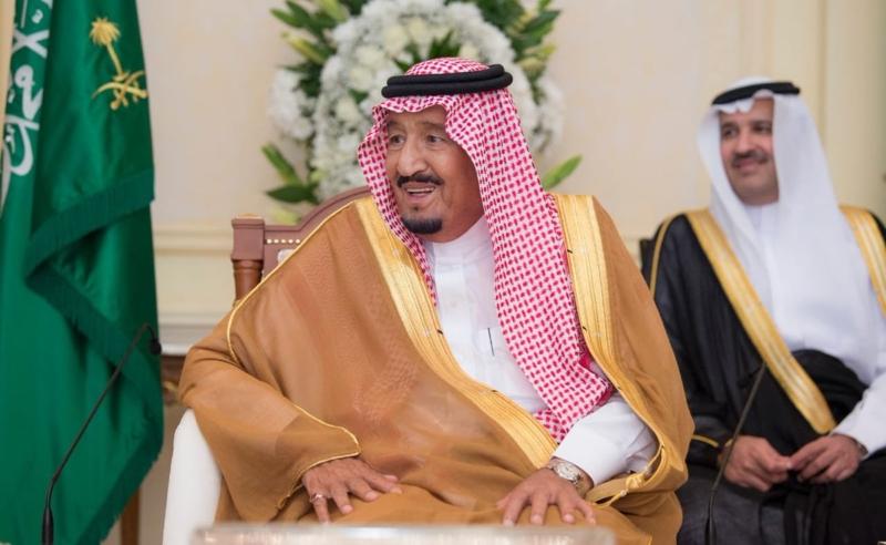 الملك يشرف حفل استقبال أهالي المدينة المنورة ويؤكد : الجميع في المملكة سواء - المواطن