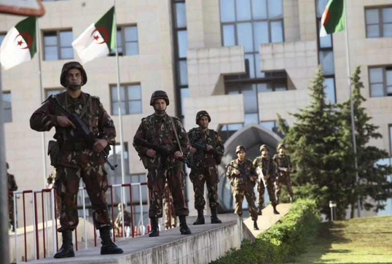 """التحقيق مع ضباط """"كبار"""" من قبل المحكمة العسكرية بالجزائر"""