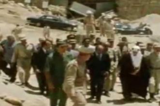 فيديو نادر.. الملك الفيصل والسادات فوق حطام خط بارليف - المواطن