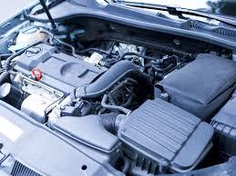 تعرف على أسباب اهتزاز محرك السيارة خاصة عند بداية تشغيله - المواطن