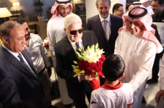 درع تذكارية واستقبال رسمي لرئيس الزمالك في الرياض - المواطن