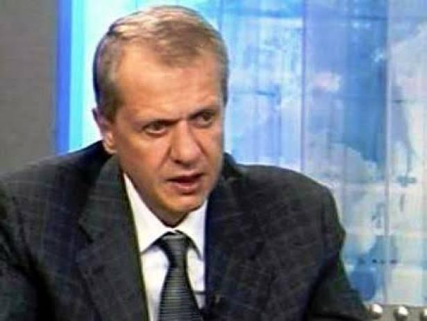 شارل أيوب مرّة أخرى.. نهيق يسقط قناع الحقد ويؤكّد انحطاط هوية الديار اللبنانية