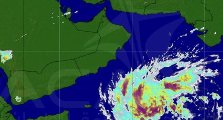 اليمن تتخذ إجراءات لمواجهة مخاطر إعصار لبان في 3 محافظات