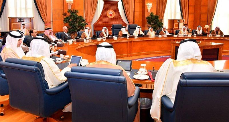 مجلس وزراء البحرين يجدد التضامن مع المملكة ضد أي تدخل في شؤونها