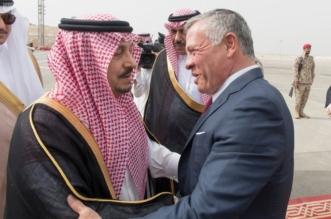 ملك الأردن يصل الرياض وفيصل بن بندر على رأس مستقبليه - المواطن