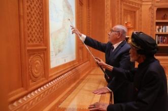 لأول مرة.. السلطان قابوس يستقبل نتنياهو ورئيس الموساد في مسقط - المواطن