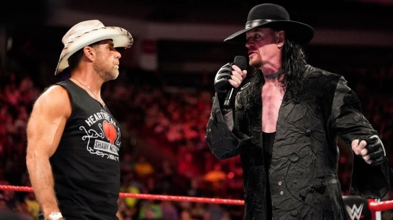3 أساطير يعودون للمصارعة في عرض WWE بالمملكة