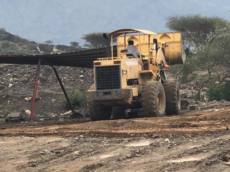 صور.. إيقاف التعدي على 10 آلاف م2 من الأراضي الحكومية بمركز قنا - المواطن