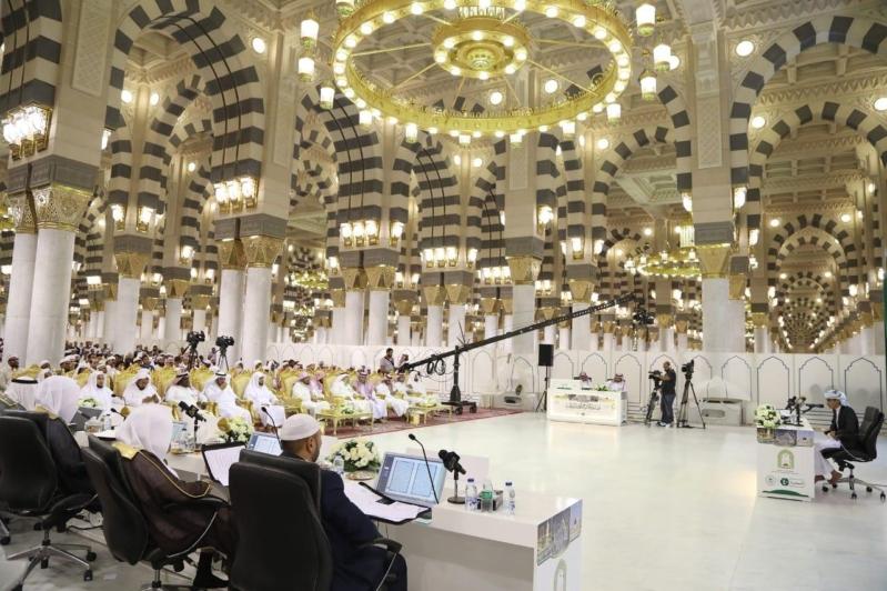 الشؤون الإسلامية تجمع أعذب الأصوات العالمية في مسابقة المؤسس القرآنية