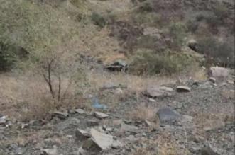 صور.. وفاة 13 وإصابة 8 في حادث مروع بجبل حبس - المواطن
