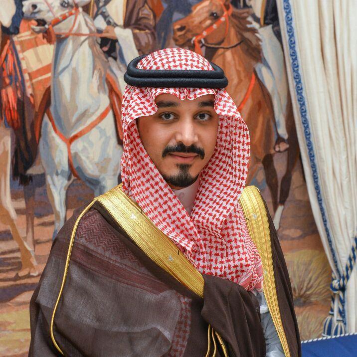 بعد عودته لمباشرة عمله .. تعرف على خالد بن بندر بن سلطان ...