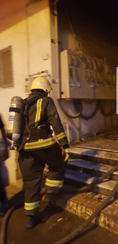 صور.. وفاة مقيم وإصابة 12 عاملاً في حريق عمارة بخميس مشيط - المواطن