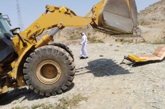 صور .. إيقاف التعدي على ٤٠ ألف م2 من الأراضي الحكومية بمحايل - المواطن