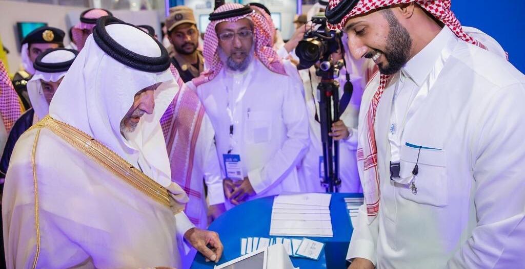 شاهد بالصور.. خالد الفيصل يفتتح ملتقى بيبان مكة في نسخته الرابعة