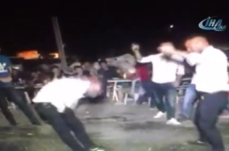 فيديو.. شاب يقتل شقيقه في حفل زفاف شقيقتهما - المواطن