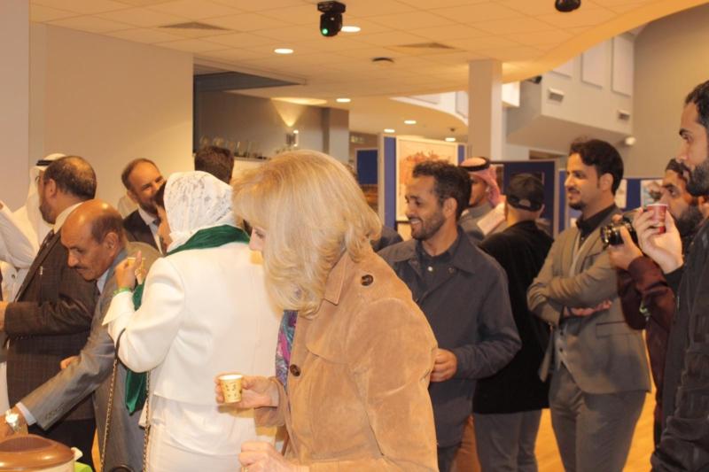 صور.. أكثر من 12 ركنًا وعروض مميزة في مملكة السلام بجامعة ريدنج - المواطن