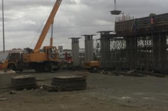 صور.. استكمال جسر تقاطع طريق الملك عبدالله مع طريق المطار بأبها - المواطن