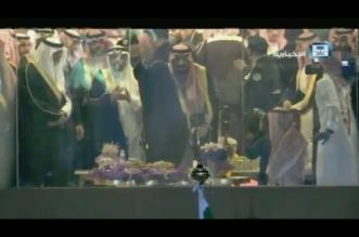 فيديو.. لحظة مغادرة الملك حفل استقبال أهالي القصيم - المواطن