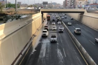 أمانة الرياض تبدأ بتركيب منظمات الدخول الذكية على طريق الملك فهد - المواطن