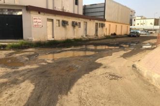 رسالة بالصور إلى أمانة جازان: هذا حال حفريات شوارع حي المطار! - المواطن