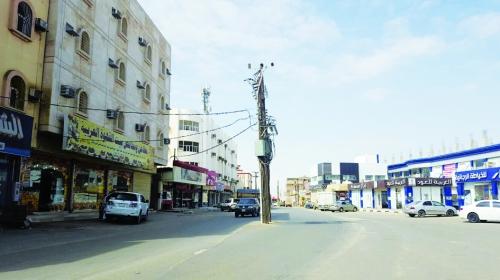 إغلاق 3 محلات مخالفة للبروتوكولات الوقائية في صامطة
