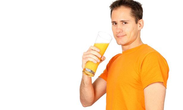 هل شرب العصير الطازج على الريق يسبب مرض السكري؟