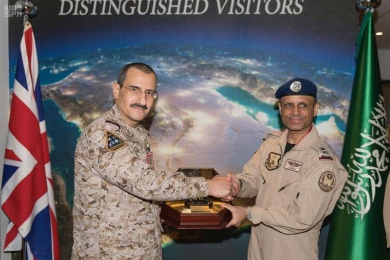 صور قائد القوات الجوية يتفقد مناورات العلم الأخضر السعودي البريطاني صحيفة المواطن الإلكترونية