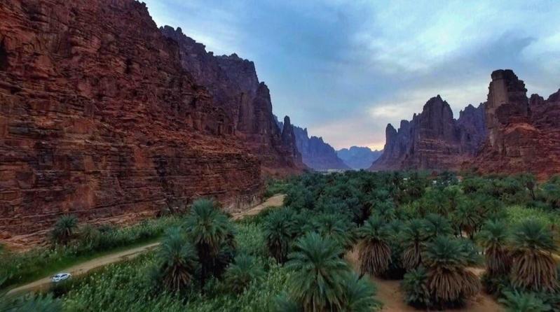 صور.. خيارات سياحية وفرص استثمارية فريدة يوفرها مشروع وادي الديسة