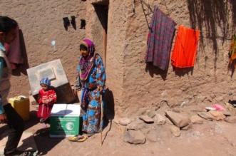 توزيع 27 طنًا من السلال الغذائية في مديرية الأزارق بالضالع - المواطن