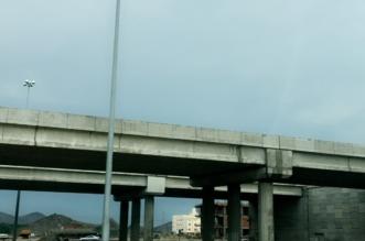 السيول المنقولة تغلق طريق الساحل في الاتجاهين - المواطن