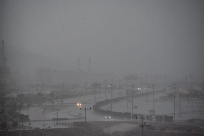 الأرصاد: أمطار رعدية مصحوبة برياح نشطة على هذه المناطق