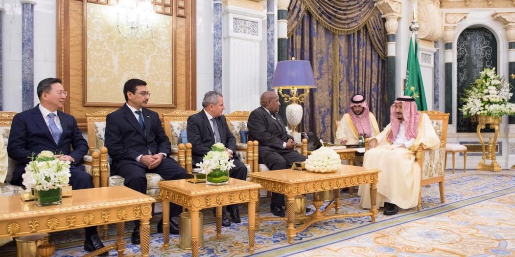 الملك يتسلم أوراق اعتماد عدد من سفراء الدول الشقيقة والصديقة