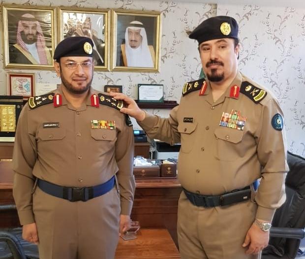 مدير مدني عسير يقلد العميد عبدالله الشهري رتبته الجديدة