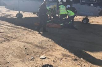 صور.. تفاصيل انتشال جثة مواطن سقط من منحدر صخري بمنتزه السودة - المواطن