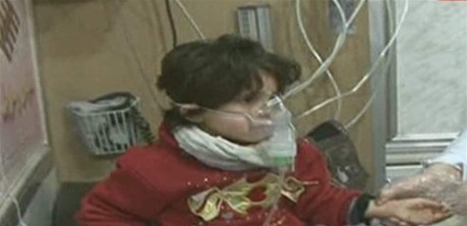 100 حالة اختناق بغازات سامة في حلب