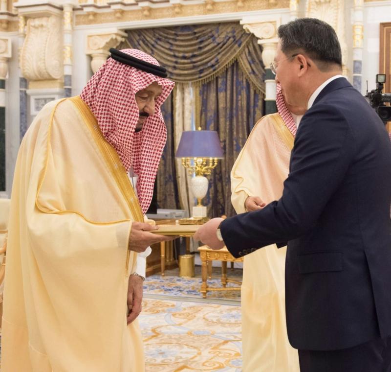 الملك يتسلم أوراق اعتماد عدد من سفراء الدول الشقيقة والصديقة - المواطن