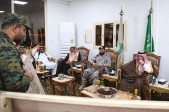 تركي بن طلال يتفقد قيادة الفوج الثاني بمركز شني جنوب عسير - المواطن