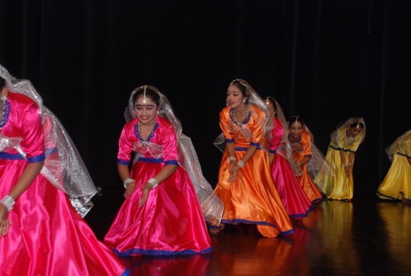 سيرك ومسرح وأنشطة ضمن مهرجان اليوم العالمي للطفل بالرياض - المواطن
