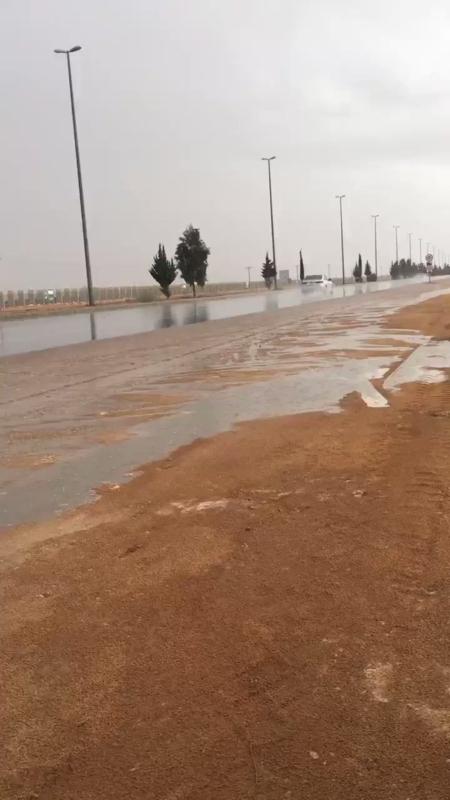 الأرصاد : أمطار رعدية على الجوف وعسير حتى العاشرة ليلًا