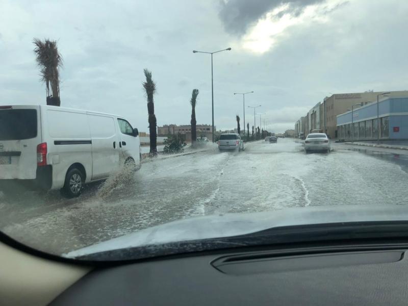 شاهد بالفيديو والصور.. الرياض ومحافظاتها تحت زخات أمطار غدق - المواطن