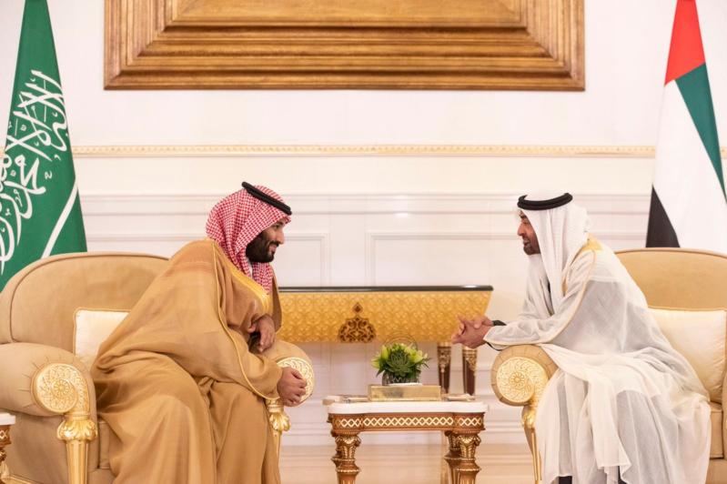 محمد بن زايد : الإمارات ستظل وطناً محباً وسنداً وعوناً لأشقائنا في المملكة