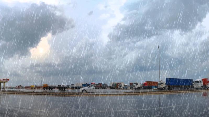 طقس الجمعة.. موجة باردة وأمطار وضباب يعيق الرؤية بعدة مناطق
