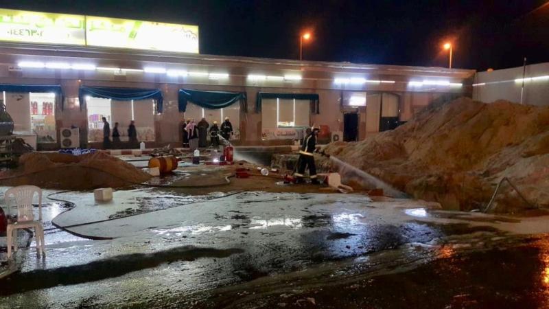 إصابة 3 وافدين في حريق محطة وقود بتيماء