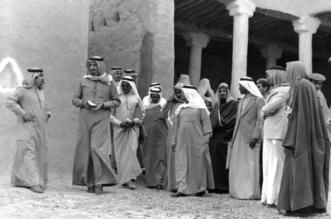 نشرها وزير الثقافة.. صورة قديمة للملك سلمان في الدرعية تحكي التاريخ - المواطن