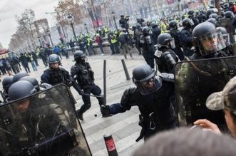 السترات الصفراء يخرجون للشوارع بالآلاف والشرطة تعتقل 136 - المواطن