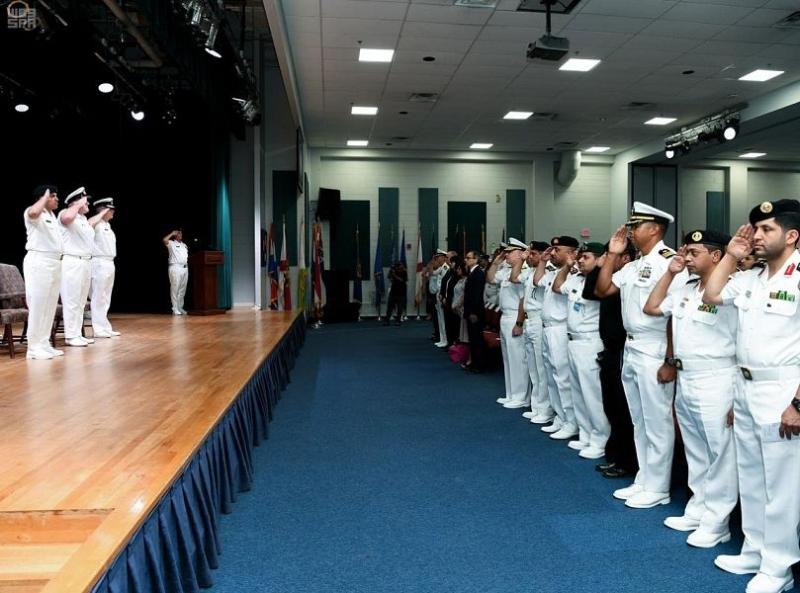 صور.. البحرية السعودية تسلم مهام قيادة قوة الواجب المختلطة 150 للفريق الكندي - المواطن