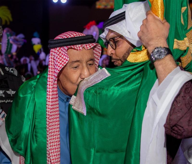 شاهد بالصور .. الملك سلمان يرعى حفل افتتاح مشروع تطوير #حي_الطريف