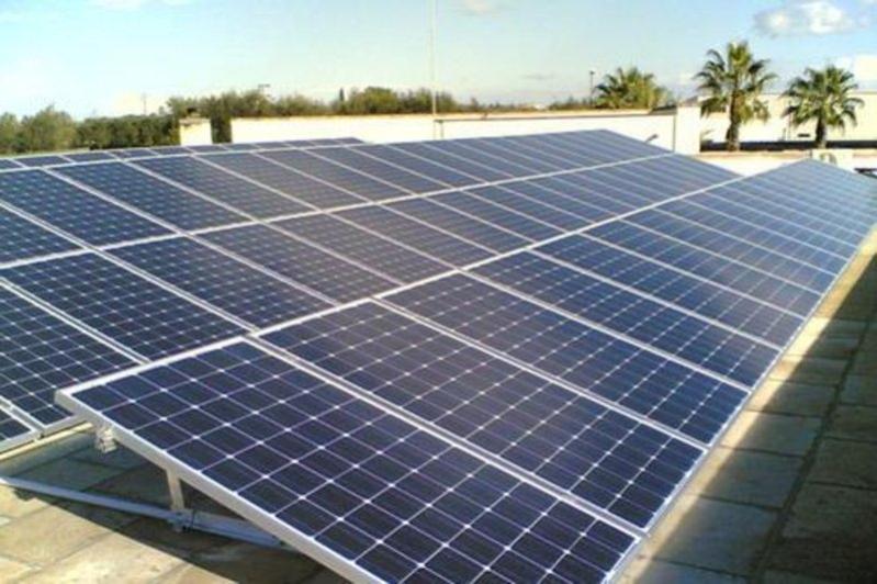 نادك توقع اتفاقية شراء طاقة شمسية لتقليل استهلاك الوقود