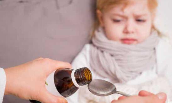 صراع بين الطب والوصفات الشعبية عبر وسم #عطنا_أفضل_علاج_للكحه